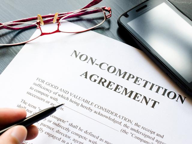 contrato no competitivo